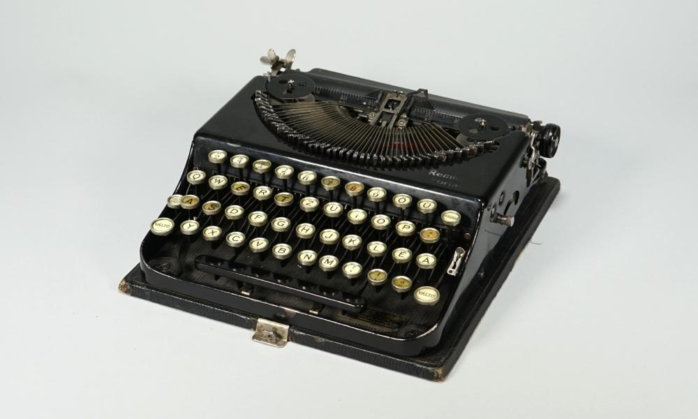 """Reiseschreibmaschine """"Remington Portable"""" im Transportkoffer, 1924"""