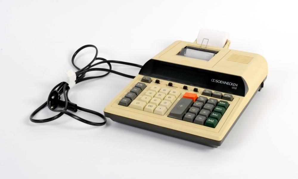 Tischrechner Soennecken 1232, um 1990
