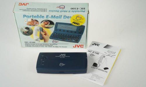 Internetzugangsgerät - mobiles Sende- und Empfangsgerät für E-Mails JVC HC-E100 aus dem Jahre 1998