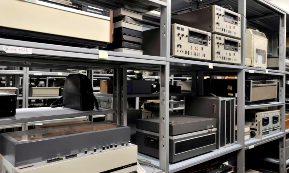 Drahtton- und Tonbandgeraete in der Sammlung der MSPT