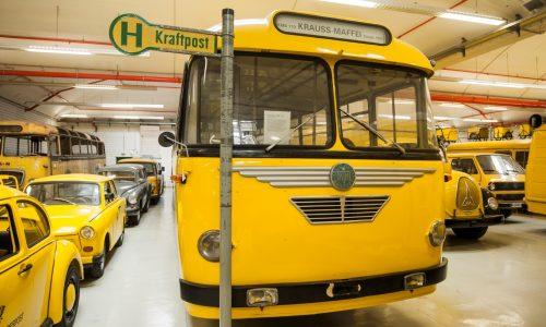 Postbusse im Depot Heusenstamm