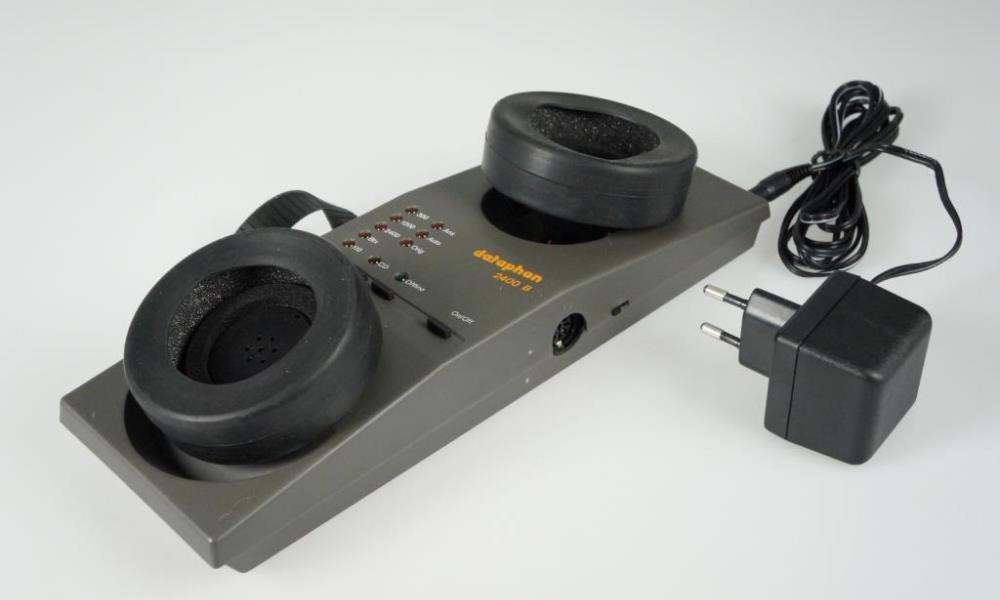 Modem und Akkustikkoppler - Woerltronic Dataphon 2400B aus dem Jahre 1988