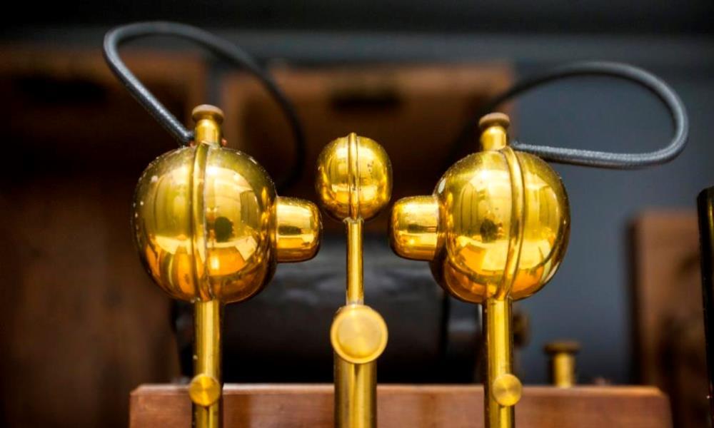 Objekte aus der Funktelegrafie im Depot Heusenstamm