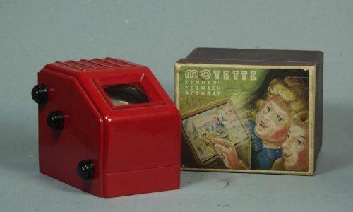 Spielzeugfernseher Bildbetrachter Motette Kinder-Fernseh-Apparat in Originalverpackung, 1950er Jahre